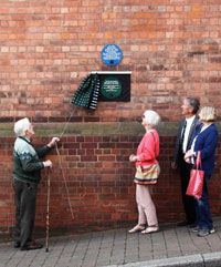 Dudley Brook unveiling plaque commemorating site of medieval parish church of St Thomas and Spytalway (now Church Street)